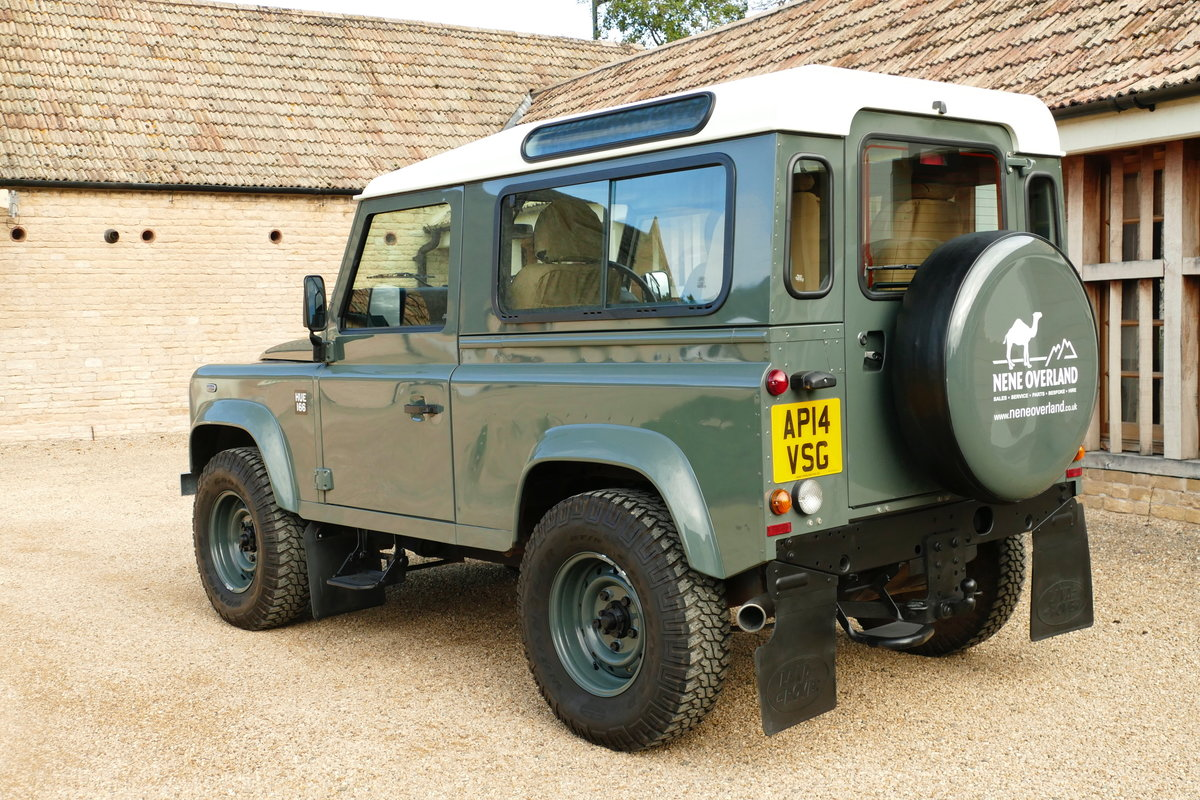 2014 LAND ROVER DEFENDER 90 2.2TDCi RETRO CLASSIC COUNTY STATION  For Sale (picture 3 of 6)
