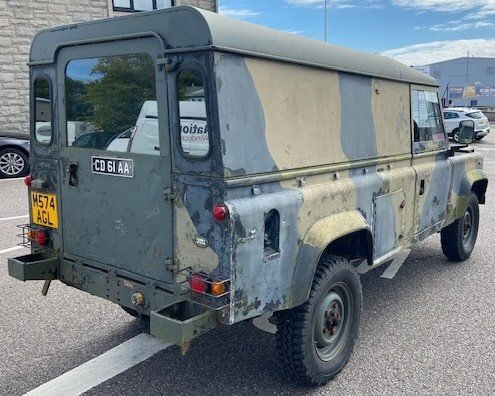 1995 Ex Military LAND ROVER Defender 110 For Sale (picture 2 of 6)