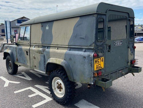 1995 Ex Military LAND ROVER Defender 110 For Sale (picture 3 of 6)