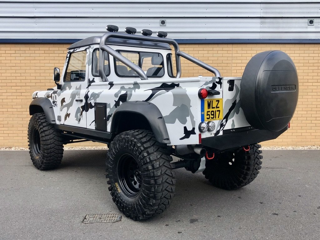 2009 LAND ROVER DEFENDER 110 // MONSTER TRUCK // PICK UP // 2.4L For Sale (picture 3 of 10)