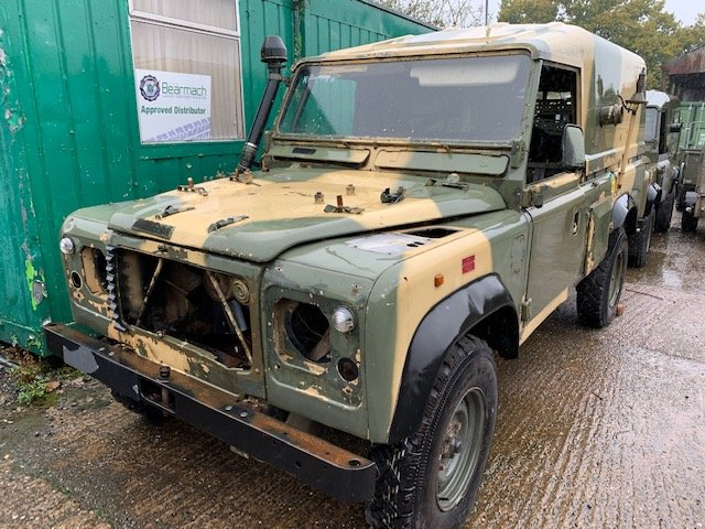 1997 Left Hand Drive 110 Defender Wolf XD TUM For Repair For Sale (picture 1 of 6)