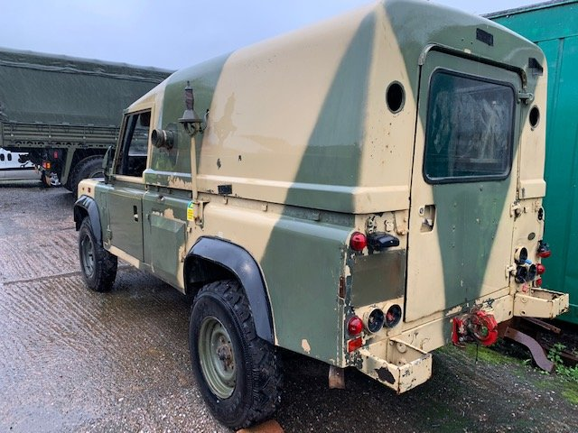 1997 Left Hand Drive 110 Defender Wolf XD TUM For Repair For Sale (picture 2 of 6)