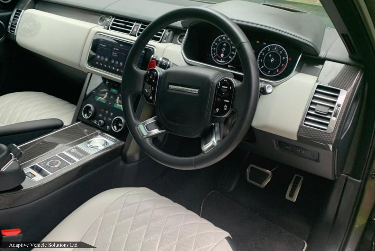 2019 SAVE £45000 Off - Range Rover SVAutobiography - Huge Spec For Sale (picture 3 of 6)