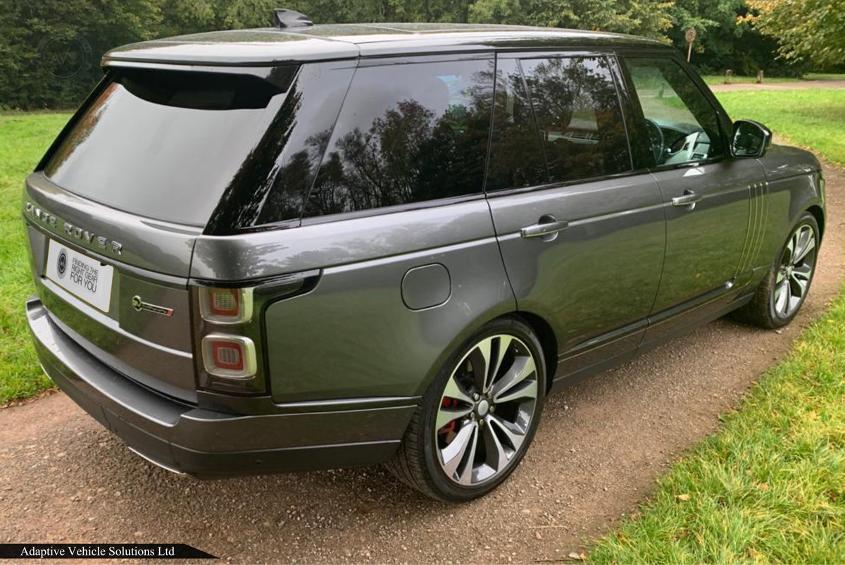2019 SAVE £45000 Off - Range Rover SVAutobiography - Huge Spec For Sale (picture 2 of 6)