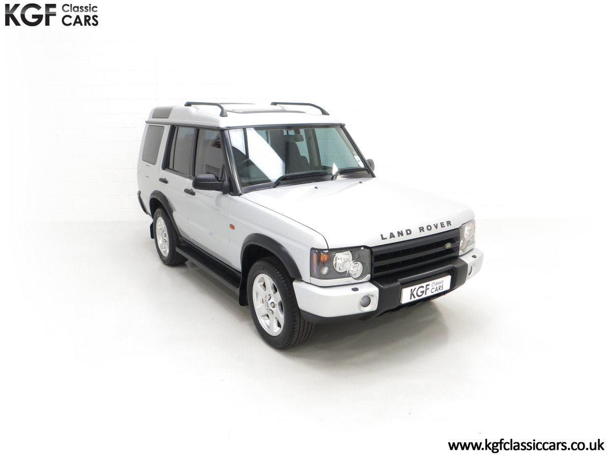 2003 An Exceptional Land Rover Discovery TD5 XS with 40,485 Miles SOLD (picture 2 of 24)