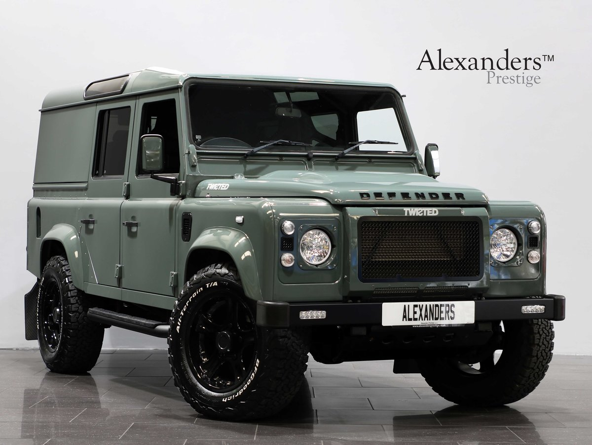 2015 15 15 LAND ROVER DEFENDER 110 COUNTY UTILITY [PRICE + VAT] For Sale (picture 1 of 6)