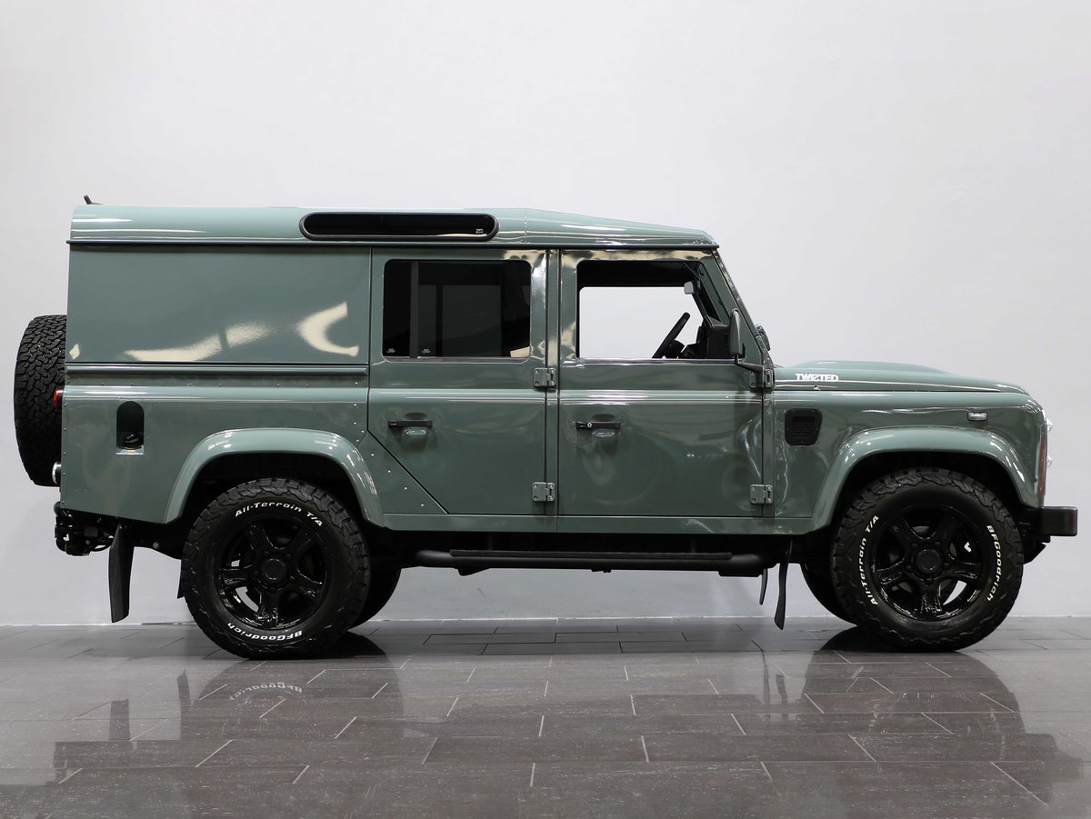 2015 15 15 LAND ROVER DEFENDER 110 COUNTY UTILITY [PRICE + VAT] For Sale (picture 3 of 6)