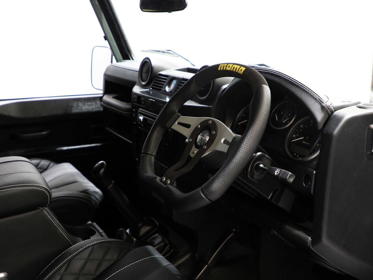 2015 15 15 LAND ROVER DEFENDER 110 COUNTY UTILITY [PRICE + VAT] For Sale (picture 5 of 6)