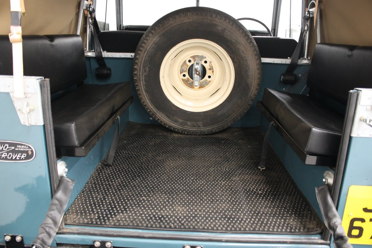 """Land Rover 88"""" Series III  2.25 Petrol 1975, 4 Speed Manual. For Sale (picture 5 of 6)"""