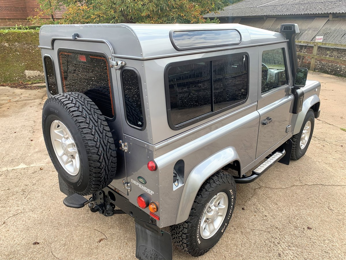 2012/62 Defender 90 2.2TDCi XS Station Wagon +nice history For Sale (picture 4 of 6)