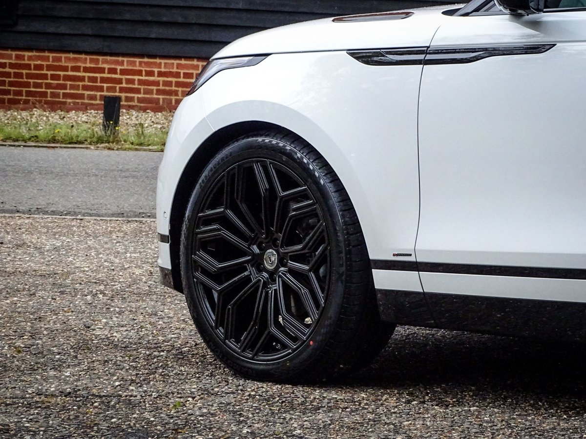 201969 Land Rover RANGE ROVER VELAR For Sale (picture 6 of 10)