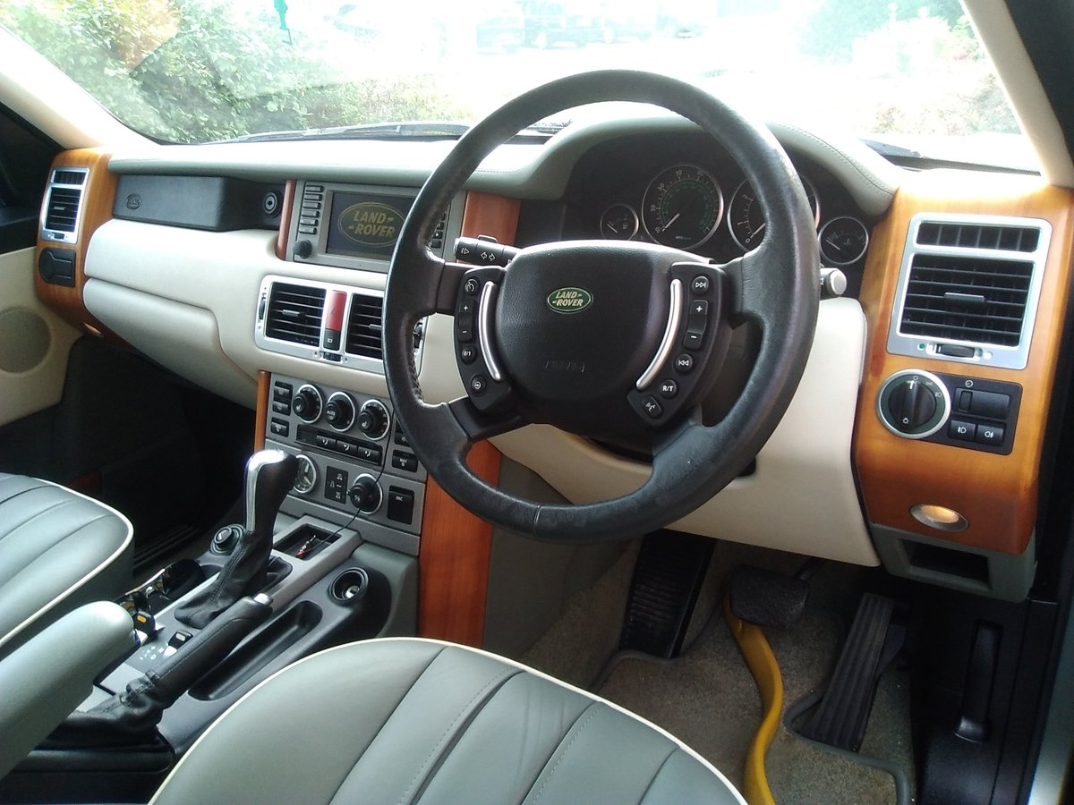 2002 Range Rover Superb one owner example For Sale (picture 5 of 6)