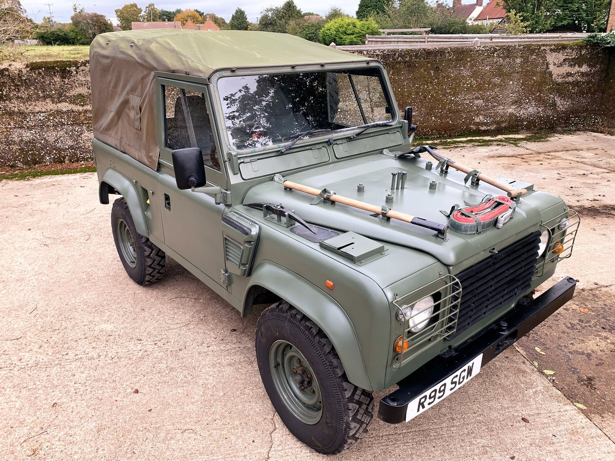 lovely 1998 Defender 90 300TDi Wolf soft top 6 seater SOLD (picture 2 of 6)
