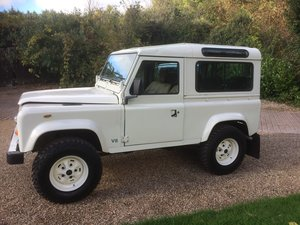 Land Rover defender 90 V8 CSW