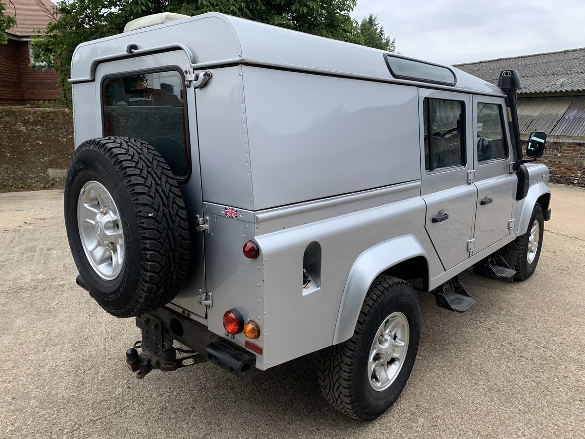 2013/63 Defender 110 2.2TDCi County Utility station wagon SOLD (picture 2 of 6)