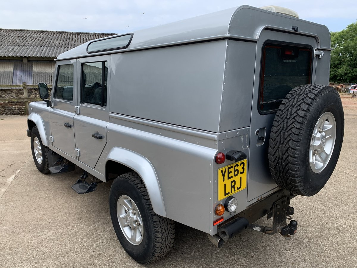 2013/63 Defender 110 2.2TDCi County Utility station wagon SOLD (picture 3 of 6)