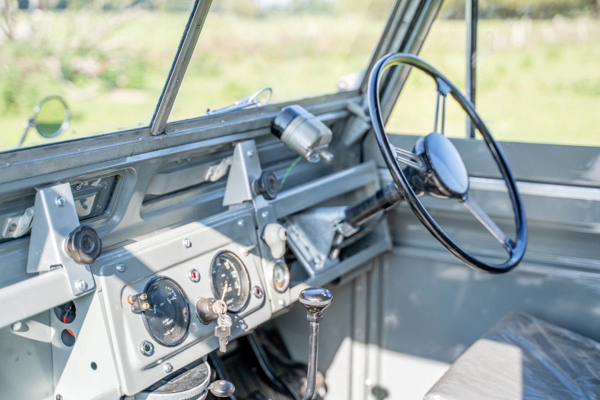 Land Rover Series 2 1958 Early Example with PTO Nut & Bolt R For Sale (picture 4 of 6)