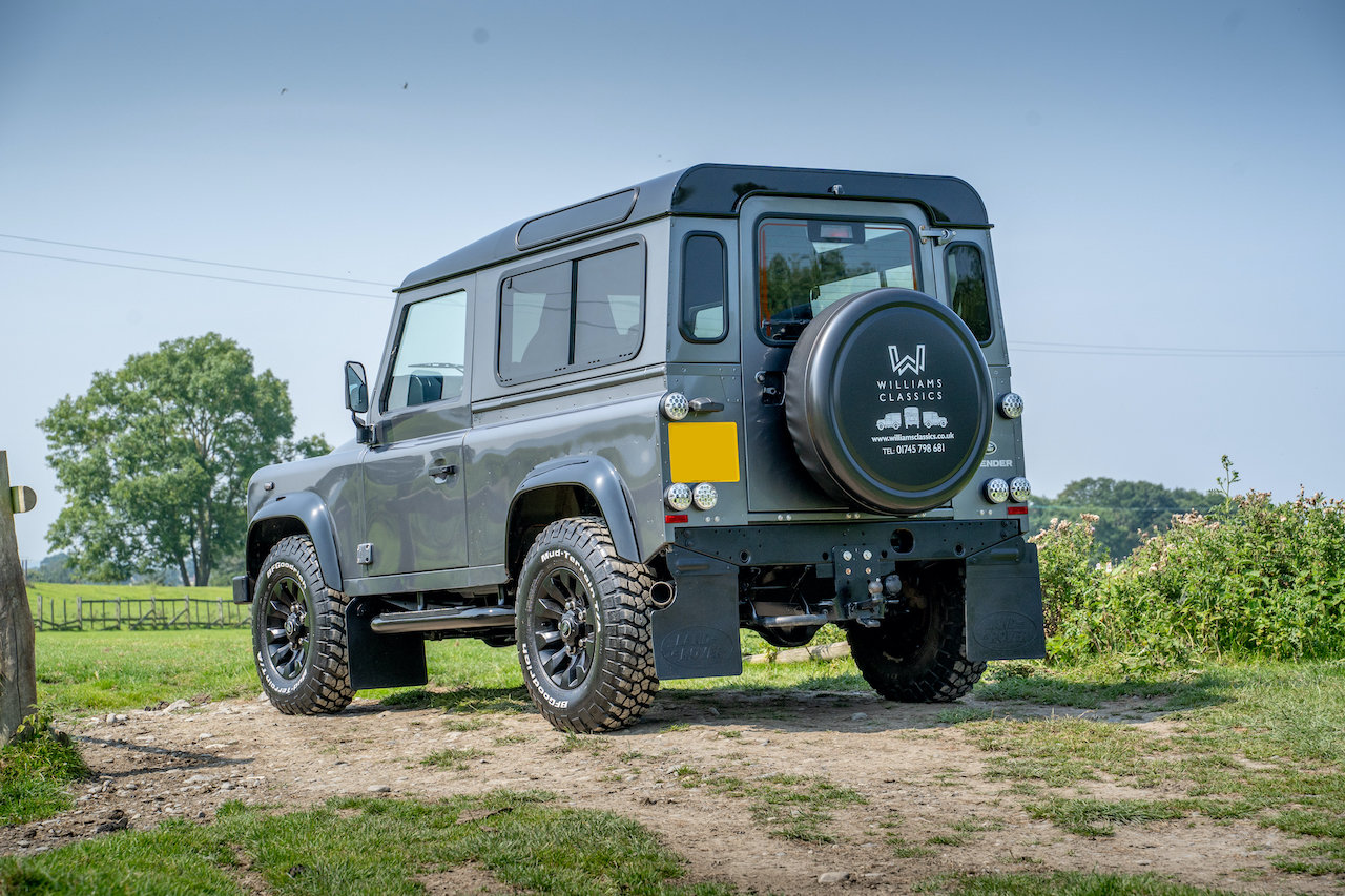 2014 Land Rover Defender 90 TDCI XS Station Wagon 1 Owner 20,000  SOLD (picture 5 of 6)