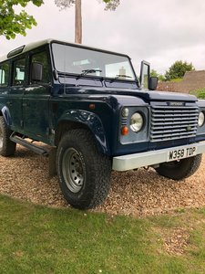 Land Rover 110 TD5 .  LOW MILES . FSH