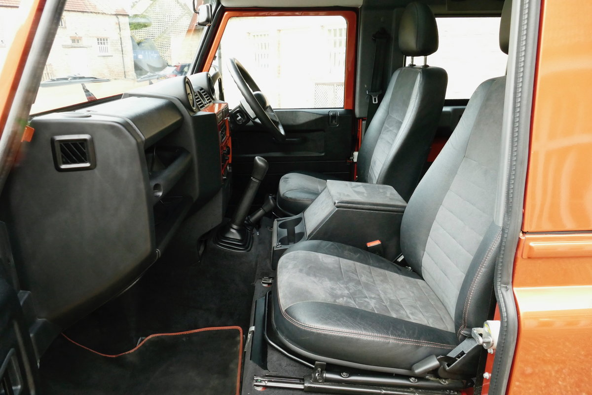 2010 LAND ROVER DEFENDER 90 TDci FIRE and ICE Limited Edition Sta For Sale (picture 5 of 6)