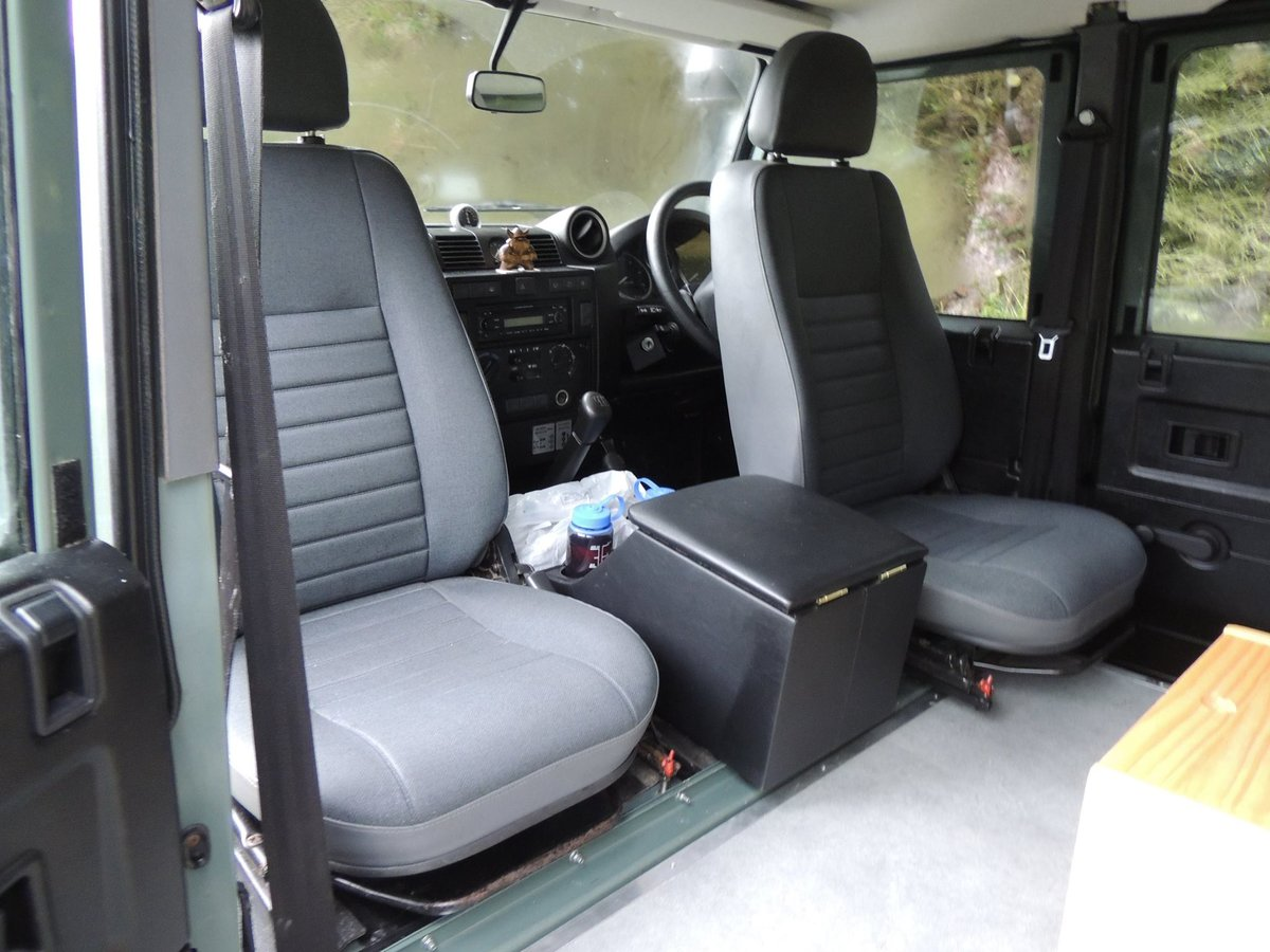 2008 Land Rover Defender 110 Puma - Camper For Sale (picture 3 of 5)