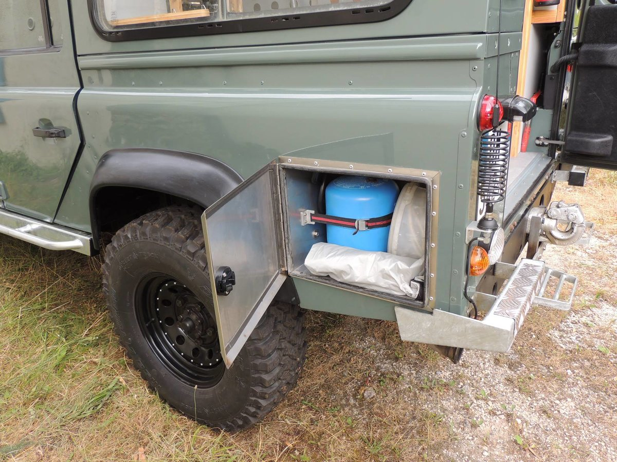 2008 Land Rover Defender 110 Puma - Camper For Sale (picture 5 of 5)