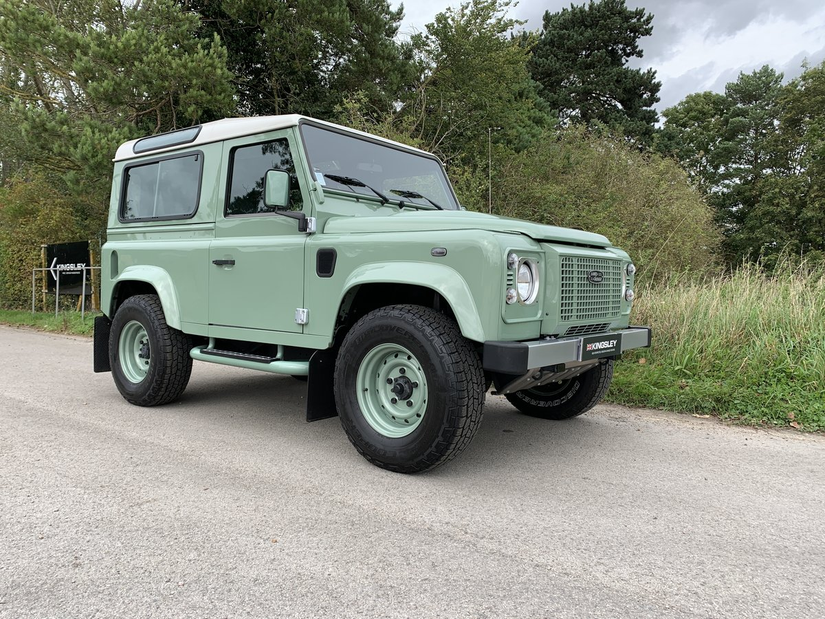2016 LHD DEFENDER 90 HERITAGE STATION WAGON For Sale (picture 5 of 6)