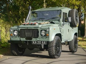 Picture of 1997 Land Rover Defender 90 XD - Fully restored 'Wolf'.