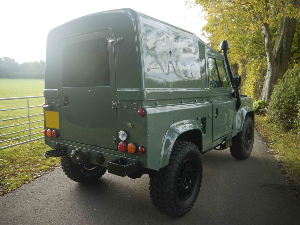 1997 Land Rover Defender 90 XD - Fully restored 'Wolf'. For Sale (picture 2 of 6)