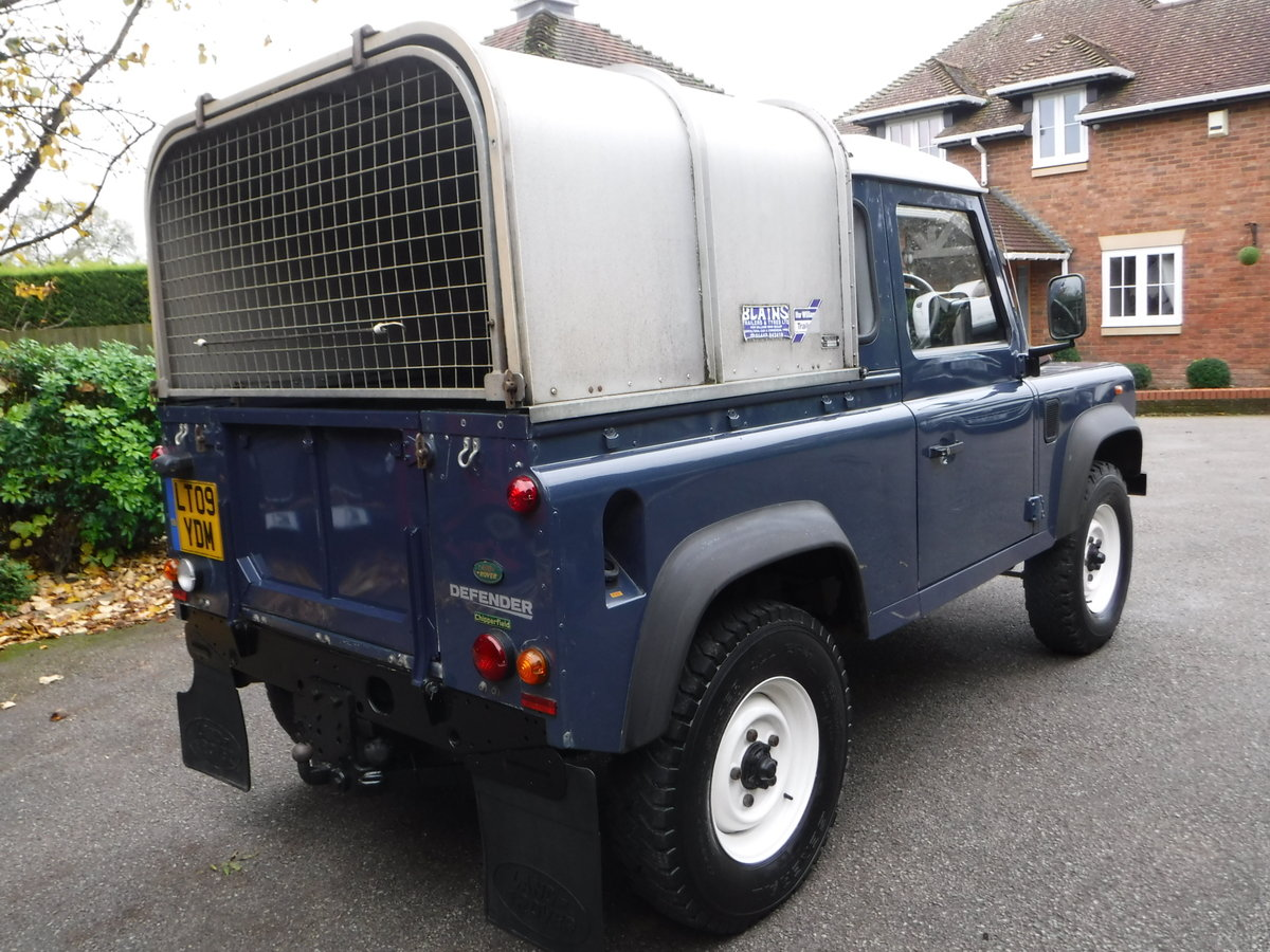 2009 Land Rover Defender 90, TDI Pickup For Sale (picture 2 of 6)