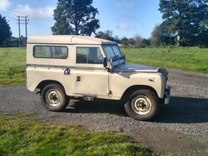 """Picture of 1972 Land Rover 88"""" Galvanised Chassis & New Bulkhead For Sale"""