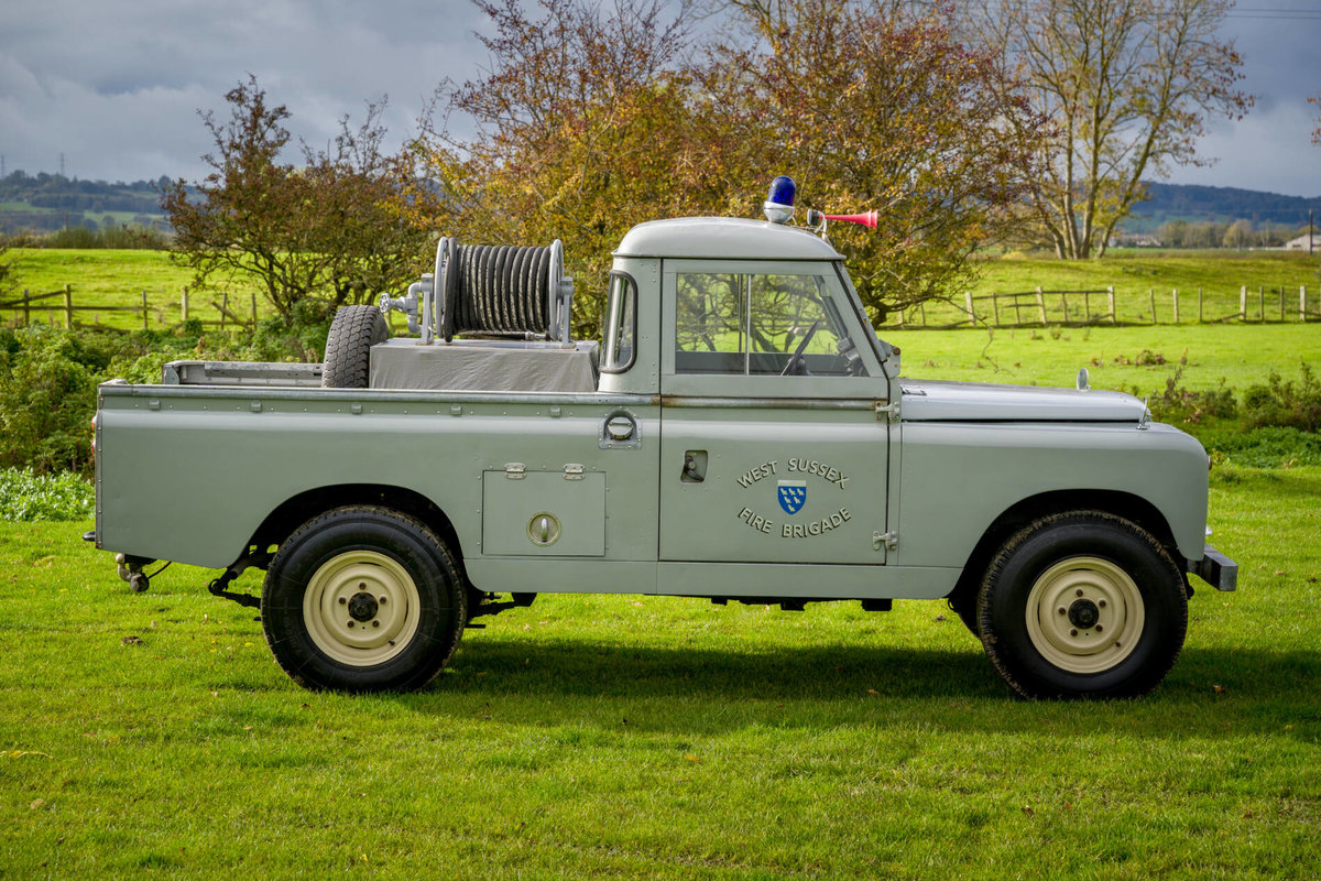 "Land Rover Series 2a 1962 109"" Ex West Sussex Fire Brigade For Sale (picture 3 of 6)"