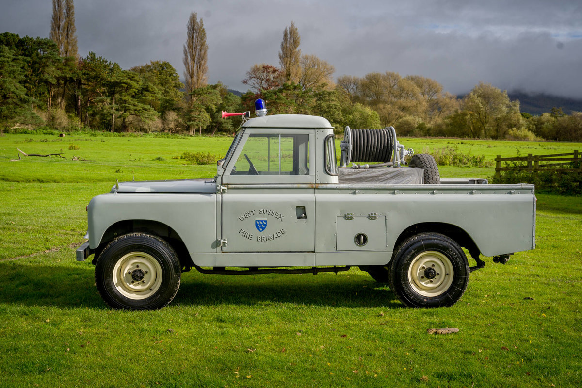 "Land Rover Series 2a 1962 109"" Ex West Sussex Fire Brigade For Sale (picture 4 of 6)"