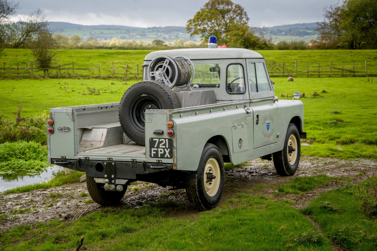 "Land Rover Series 2a 1962 109"" Ex West Sussex Fire Brigade For Sale (picture 5 of 6)"