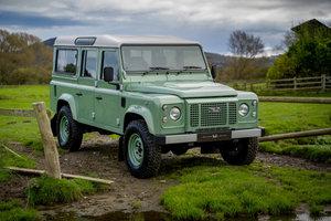 Land Rover Defender 110 Station Wagon Heritage Edition