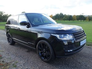 2015/65 Range Rover Vogue 3.0 TDV6 - Blk/Cream - 2 Owners