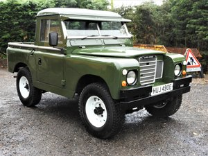 Picture of 1967 LAND ROVER SERIES 2A 88