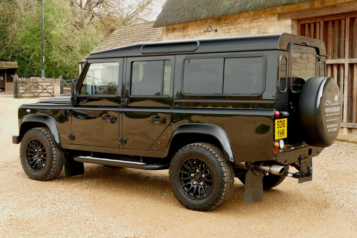 2016 LAND ROVER DEFENDER 6.2 V8 LS AUTO XS STATION WAGON For Sale (picture 3 of 6)