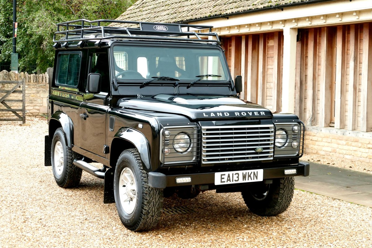 2013 LAND ROVER DEFENDER 90 2.2TDci XS STATION WAGON For Sale (picture 1 of 6)