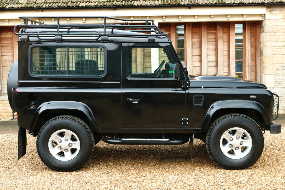 2013 LAND ROVER DEFENDER 90 2.2TDci XS STATION WAGON For Sale (picture 2 of 6)