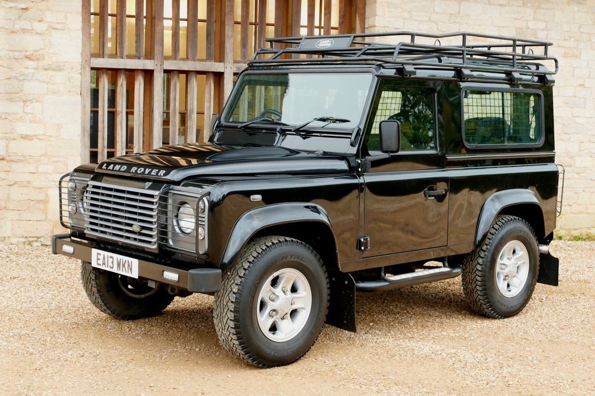 2013 LAND ROVER DEFENDER 90 2.2TDci XS STATION WAGON For Sale (picture 3 of 6)