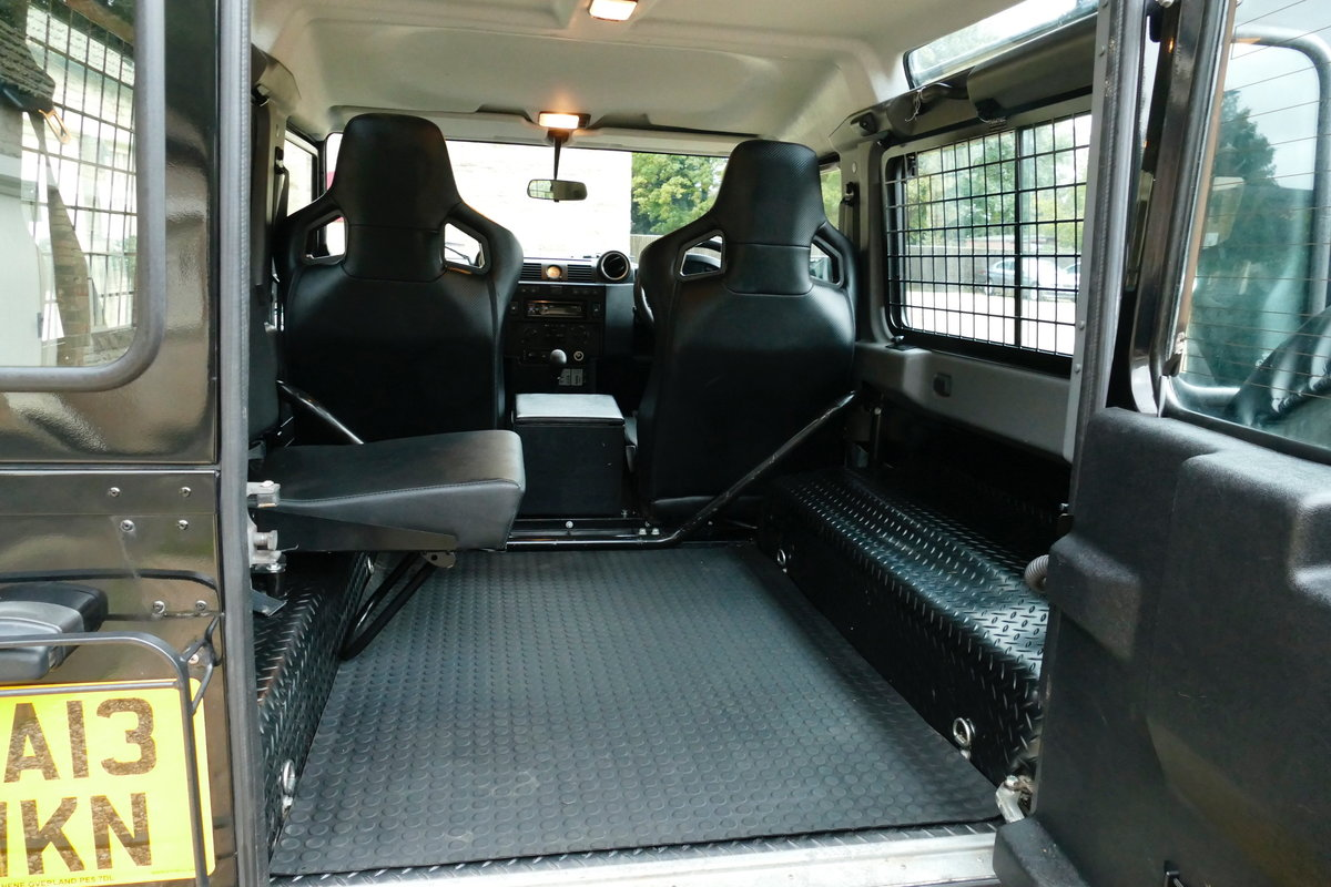 2013 LAND ROVER DEFENDER 90 2.2TDci XS STATION WAGON For Sale (picture 6 of 6)