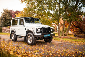 LAND ROVER DEFENDER 90 LANDMARK STATION WAGON