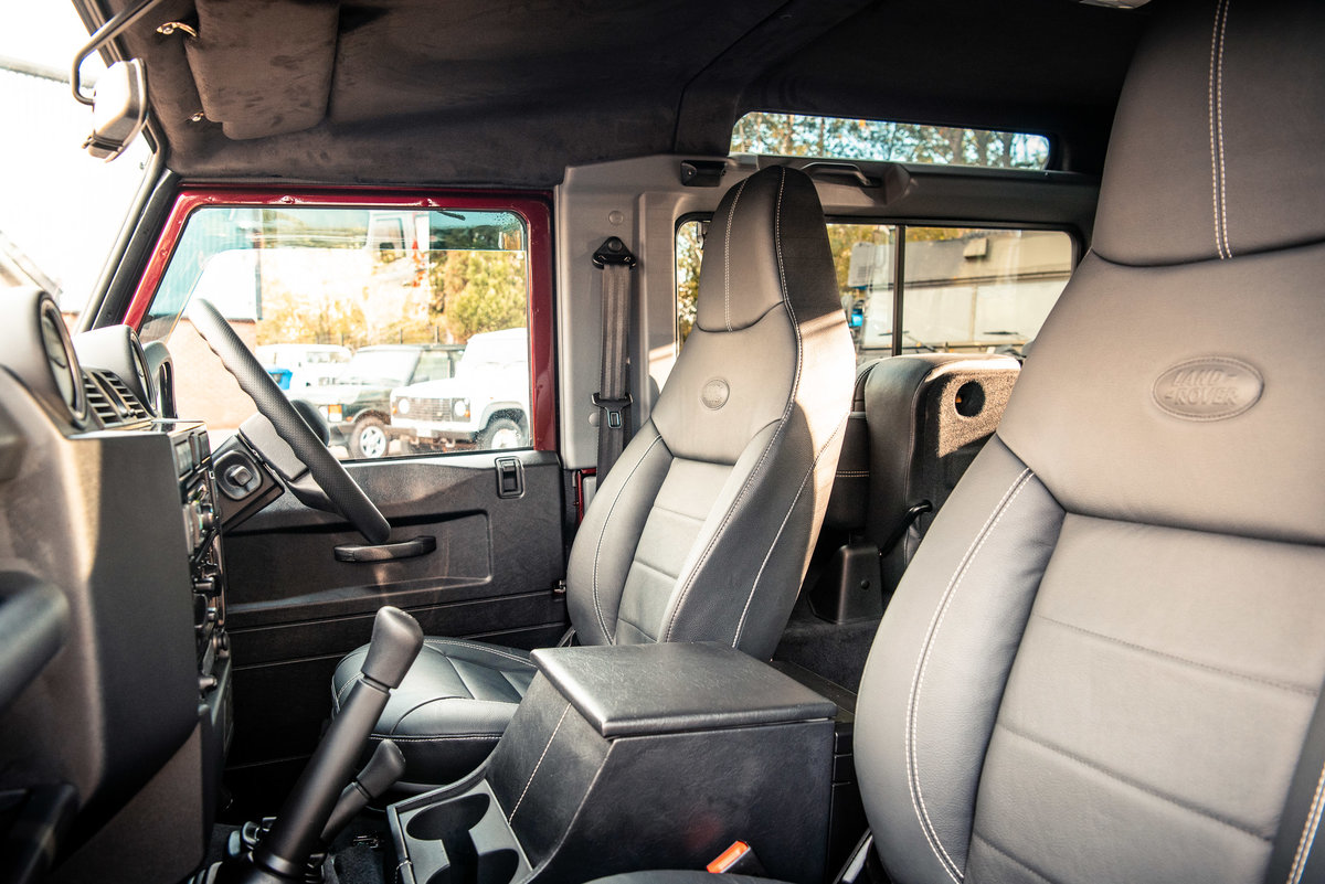 2015 LAND ROVER DEFENDER 90 LANDMARK STATION WAGON For Sale (picture 4 of 6)