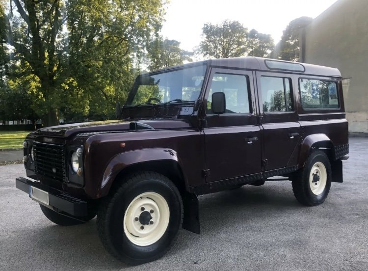1995 /M Land Rover Defender 110 CSW For Sale (picture 2 of 6)