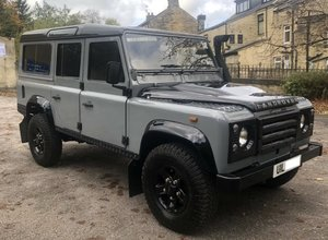 Land Rover Defender 110 CSW 200tdi