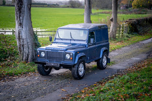Land Rover Defender 90 2.4TDi County Hard Top 1 Owner