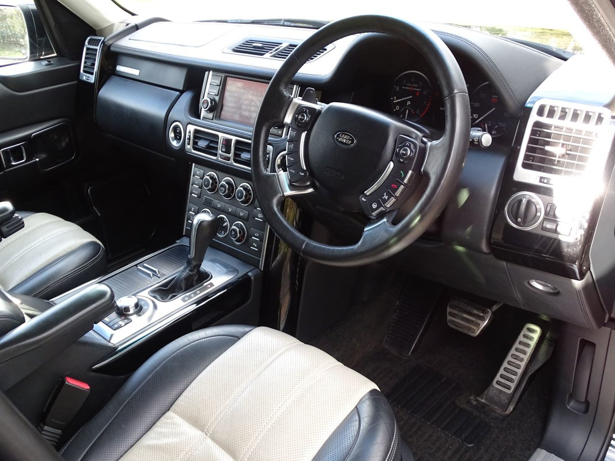 2011 Land Rover RANGE ROVER For Sale (picture 9 of 20)