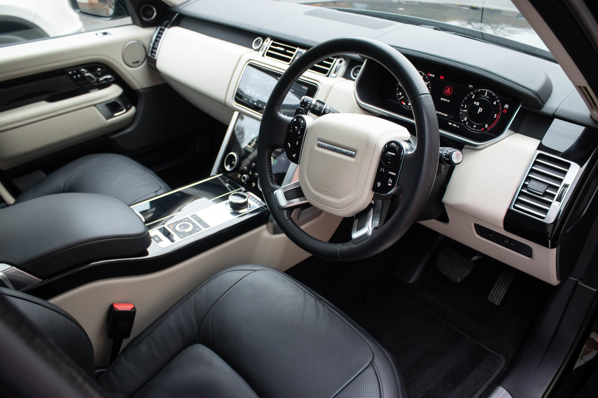 2019/19 Range Rover Vogue SDV6 For Sale (picture 4 of 6)