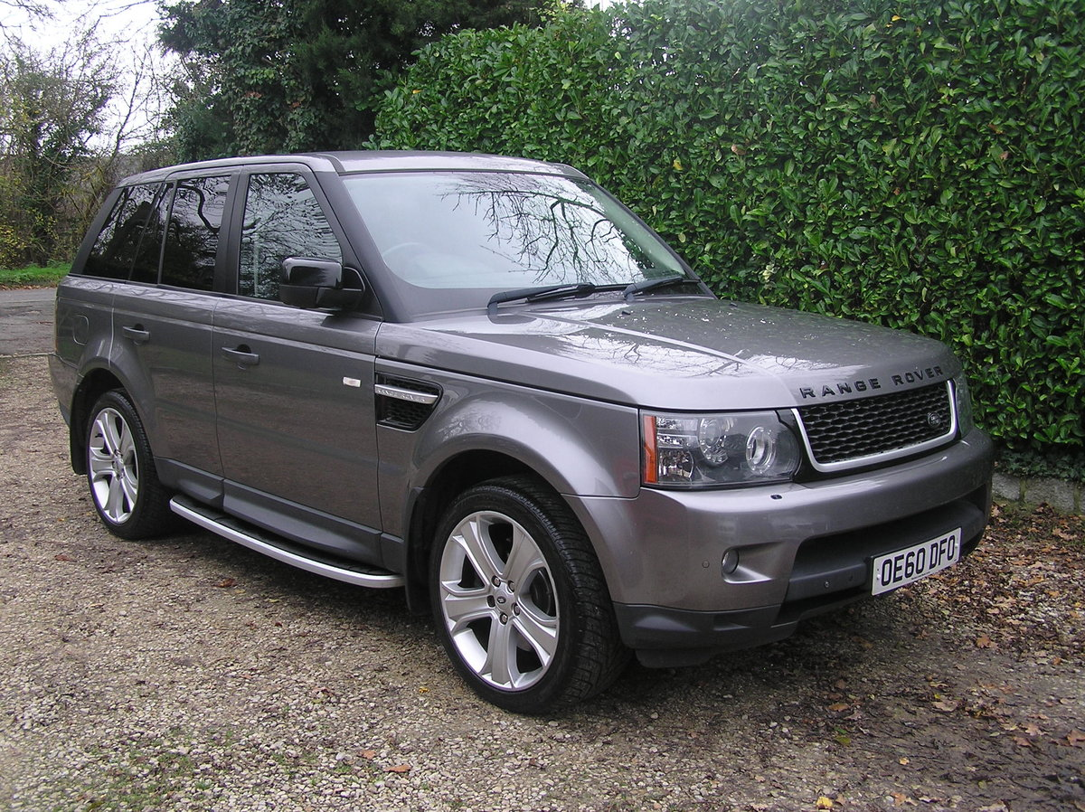 2010 Land Rover Range Rover Sport 3.0 TD V6 HSE For Sale (picture 1 of 6)